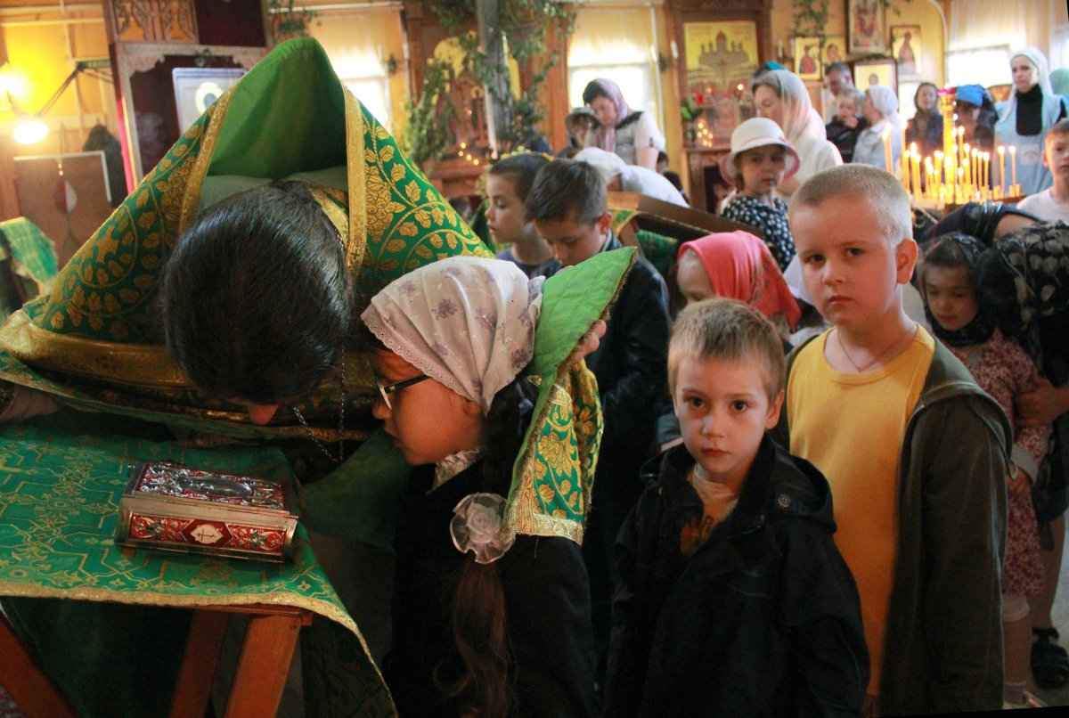 http://www.newmartyros.ru/sites/default/files/Foto_news/Detskaya_Liturgia/2014/06_12/img_5091.jpg