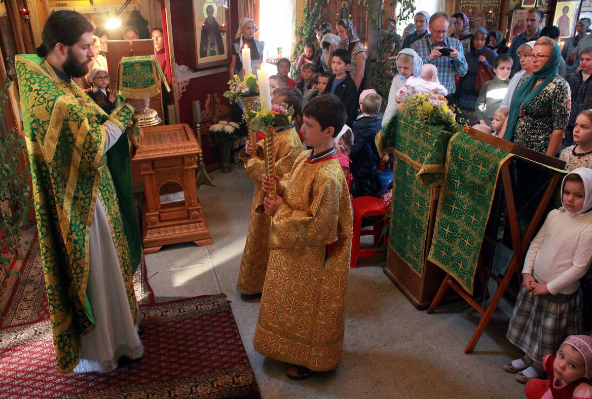 http://www.newmartyros.ru/sites/default/files/Foto_news/Detskaya_Liturgia/2014/06_12/img_5270.jpg